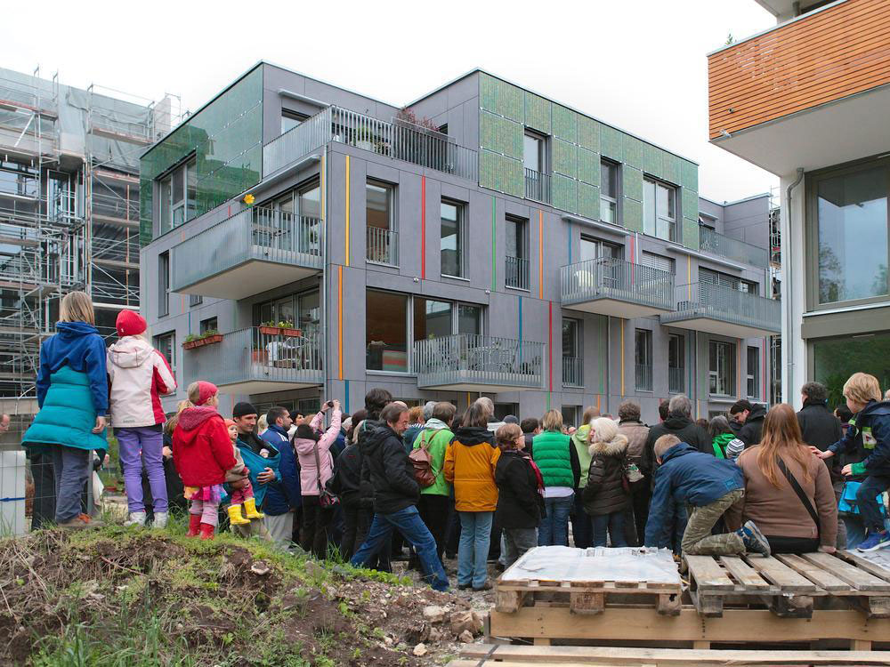 An open day at one of the completed projects in Alte Weberei