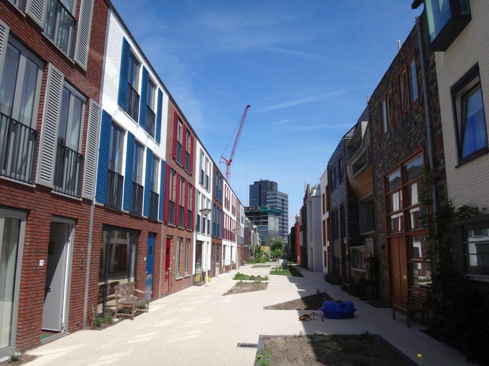 Developer built homes on the left; private homebuilders on the right