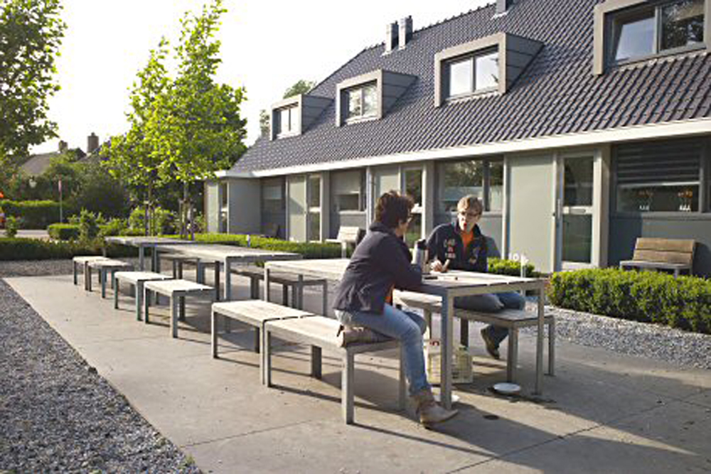 The shared courtyard provides a natural and sociable focal point for the scheme